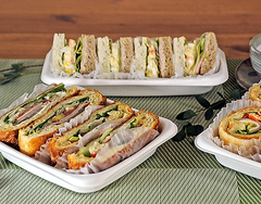Sandwich / Salad Containers